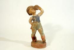 Gondos Kerámia Szomját Oltó Fiú 28cm Kulacsból Butykosból Ivó Legény Huszár Figura Zsinóros Nadrág