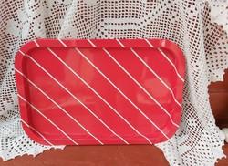 Retro fém,lemez  tálca piros alapon fehér csíkos, Gyűjtői darab, nosztalgia