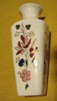 Zsolnay porcelán váza, jelzett