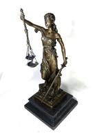 ÜGYVÉDEK ÁLMA ... : GYÖNYÖRŰEN KIDOLGOZOTT BRONZ NAGYOBB MÉRETŰ JUSTITIA SZOBOR !!!