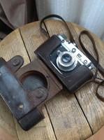 Régi ZORKIJ C fényképezőgép bőr tokkal