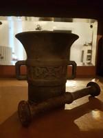 Régi antik mozsár