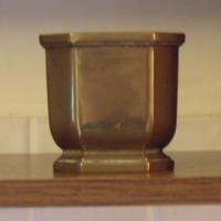 Antik Masszív Nagyon Szép Öntött Réz / Sárgaréz Kaspó / Virágkaspó - 49,1dkg