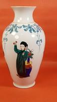 Kínai, kézzel festett váza zenész figurákkal