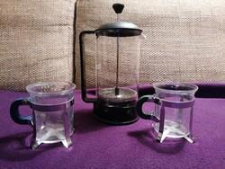 Bodum teaprés két Bodum teáscsészével. Minőségi, nagyon jó állapotú darabok!