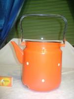 Régi, piros-fehér pöttyös zománcos teás kanna