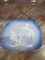 Porcelán Antik Kakasos Falikép