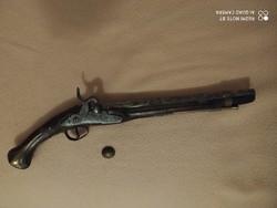 18. századi pisztoly