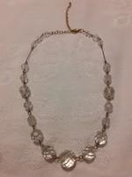 Régi, gyönyörű csiszolt kristály, vagy üveg nyakék