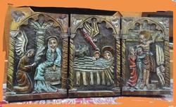 Hatalmas,faragott,festett,fa szarnyas oltár.20.szd eleje.90*46*2,5 cm