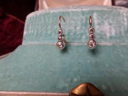 Brilles antik arany tripla buton fülbevaló pár