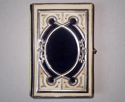 Régi antik réz fém csont borítású imakönyv vallási ima könyv 1882-es (!) kereszténység keresztény