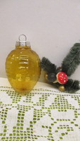 Régi karácsonyfadisz GDR- méz szinű toboz