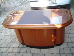 Eladópult - íróasztal