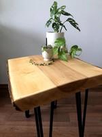 Farönk asztal fém lábakkal Saját készítés