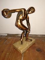 Antik réz szobor, diszkoszvető szobra márvány alapon copper ? sculpture