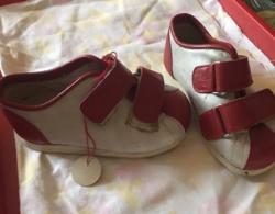 Valódi bőr kisgyermek cipő 21-es