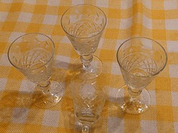 Csiszolt likőrös pohár 4 darab