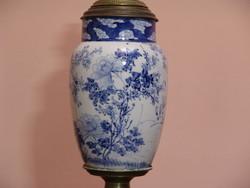 Nagyméretű Imari porcelán petróleum  lámpa