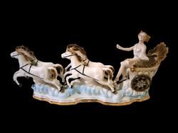 E_028 Régi porcelán 4 lovas hintó női hajtóval Arpo porcelán 42 cm hosszú