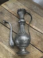 Antik perzsa jelenetes kézműves ezüst kiöntő, javítandó