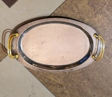 Elegáns ovál tálca aranyozott füllel. Mérete:43x26 cm.