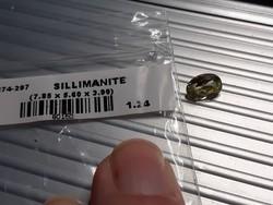 1.24 ct es 0.94 valamint 2.09 ct sillimanit dragakő