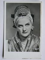 TOLNAY KLÁRI, FOTÓ 1940 KÖRÜL,  KÉPESLAP (9X14 CM) EREDETI