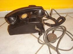 Régi tekerős telefon árvízvédelem