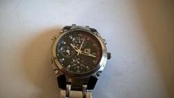 (FQ8) Guess Steel karóra chronograph