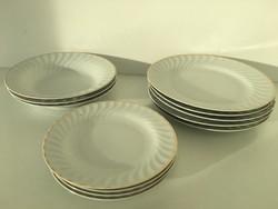 Régi aranyozott csíkos tányérok 12 db