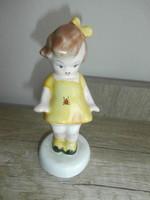 Kerámia figura- Katicás kislány sárga ruhás
