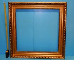 60 x 60 cm-es külső méretű  restaurált keret