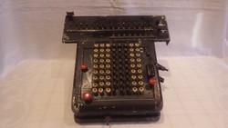 Madas antik számológép