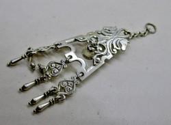 Szép régi ezüst talán zsebóra dísz vagy medál