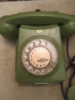 Régi tárcsás zöld telefon