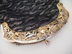 Különlegesen szép, angyalokkal díszített szecessziós aranyozott ezüst keretes kézitáska