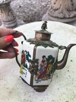 Álomszép Kinai teáskanna porcelán fém rátétekkel, majom fogóval.