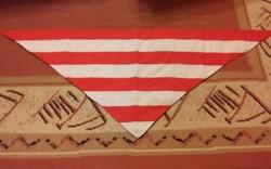 Nagyméretű árpádsávos kendő / zászló  (117 cm !!!)