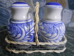 Só-bors szóró fűszertartó szett készlet porcelán kosárban új!