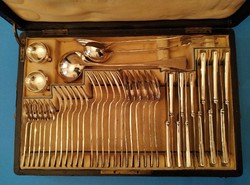 Ezüst evőeszköz készlet 6 személyes  angol fazon