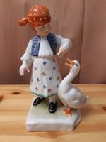 Herendi libapásztor lányka, kislány libával