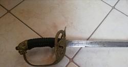 Oroszlánfejes kard