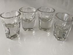 Retro likőrös poharak, átlátszók, 5 cm magasak