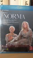 Bellini :- Norma  Metopera 2017-es felvétel