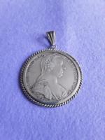 Ezüst Mária Terézia érme ezüst keretbe foglalva - medál!