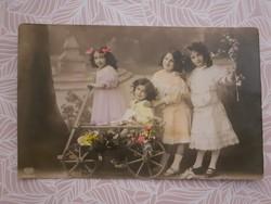 Régi képeslap kislányok képes levelezőlap