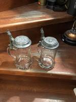 Üveg söröskorsó párban, 18 cm-es magasságú, gyűjtőknek.