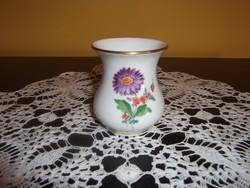 Meissen porcelán mini váza (02)