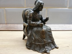 Réz Varrónő nő  figura szobor